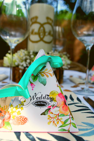 Clara and Co Wedding Table Decoration Mrs and Mrs / Bride & Bride