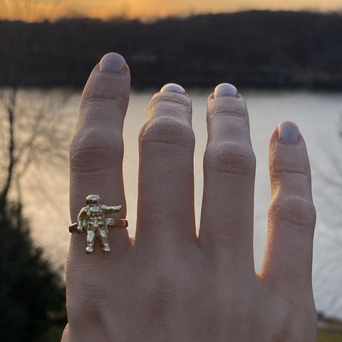 ASTRONAUT RING