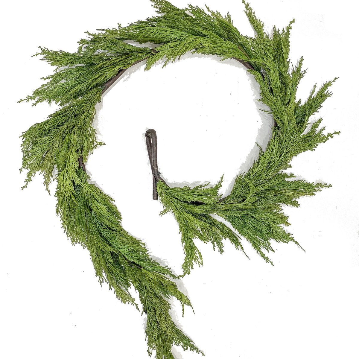 Faux-Real Cedar Leaf Garland