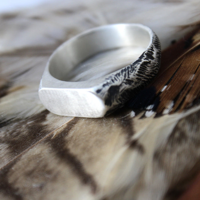Men's Thin Signet Ring