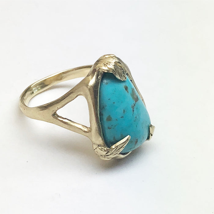 Turquoise with Leaf Prongs