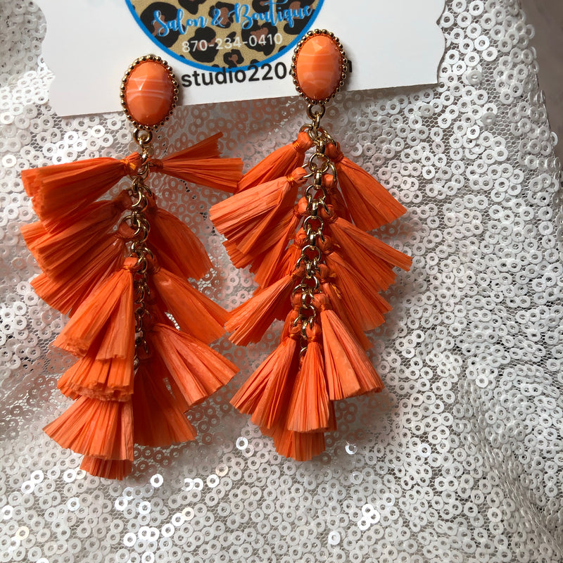 Sweet peach raffia earrings
