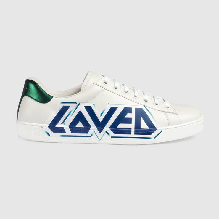 Ace sneaker with Loved print