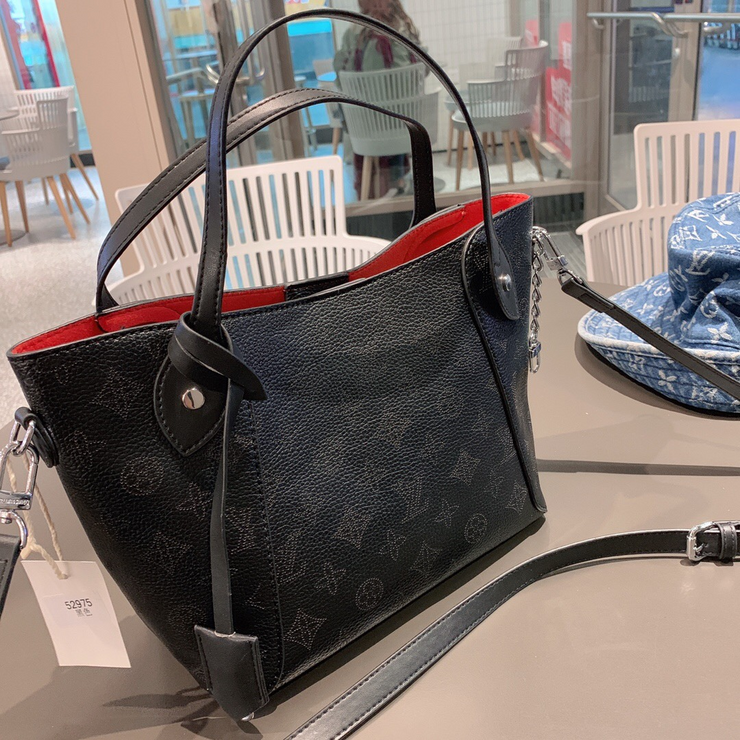 LV Neverfull Monogram Black-Red