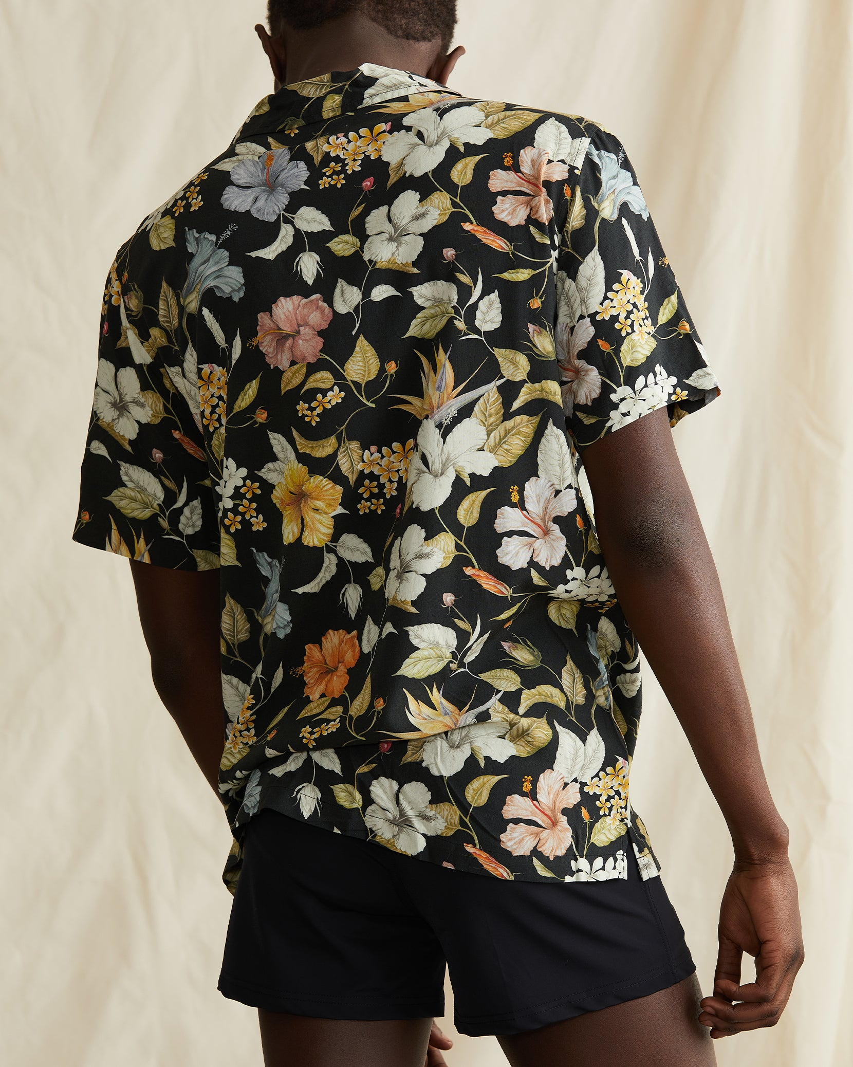 Vacation Liberty Hibiscus Shirt in Black - 4 - Onia