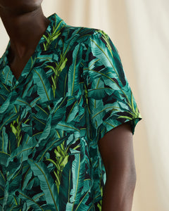 Vacation Ratti Banana Leaves Shirt in Leaf Green - 3 - Onia