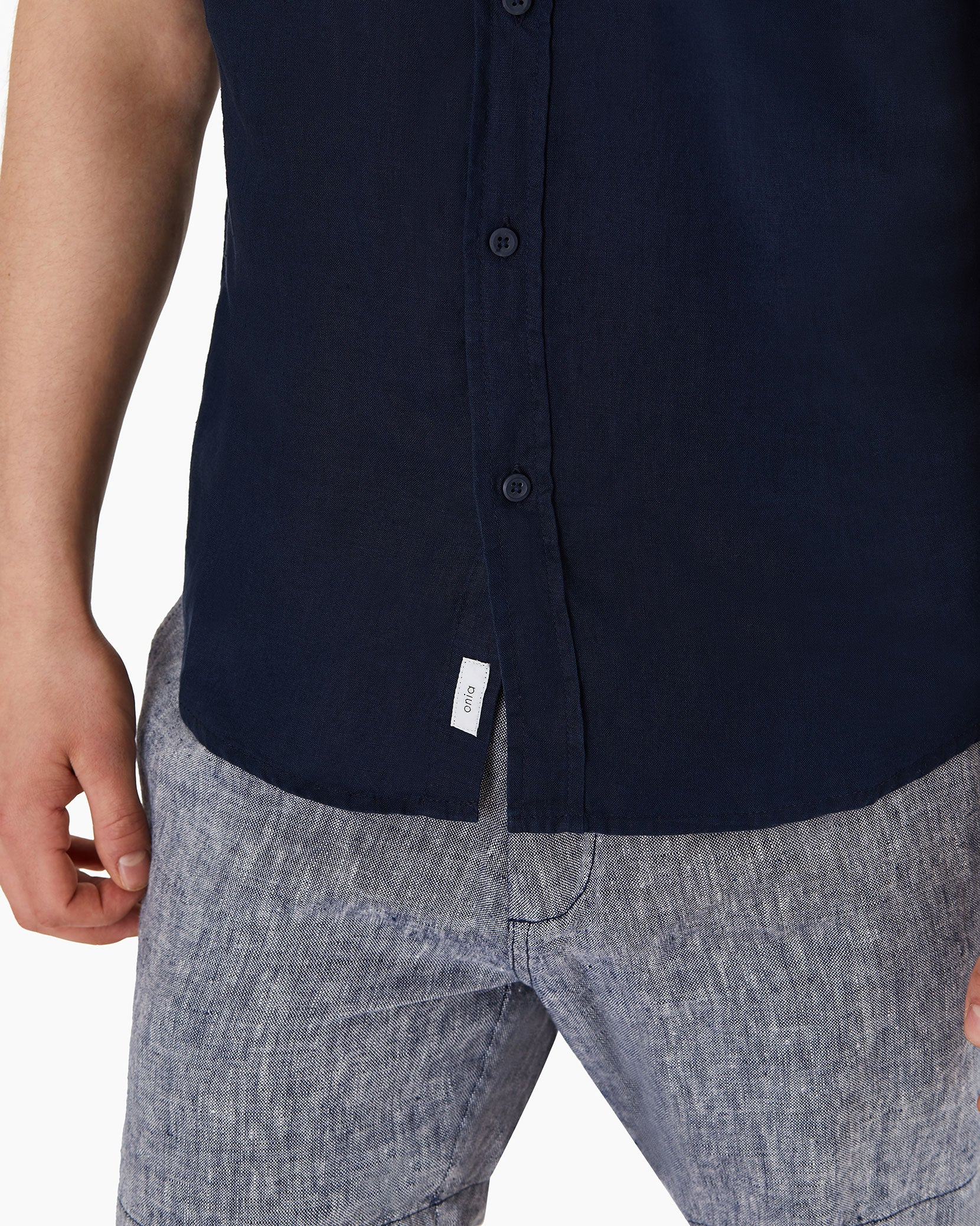 Stretch Linen Short Sleeve Shirt in Deep Navy - 10 - Onia