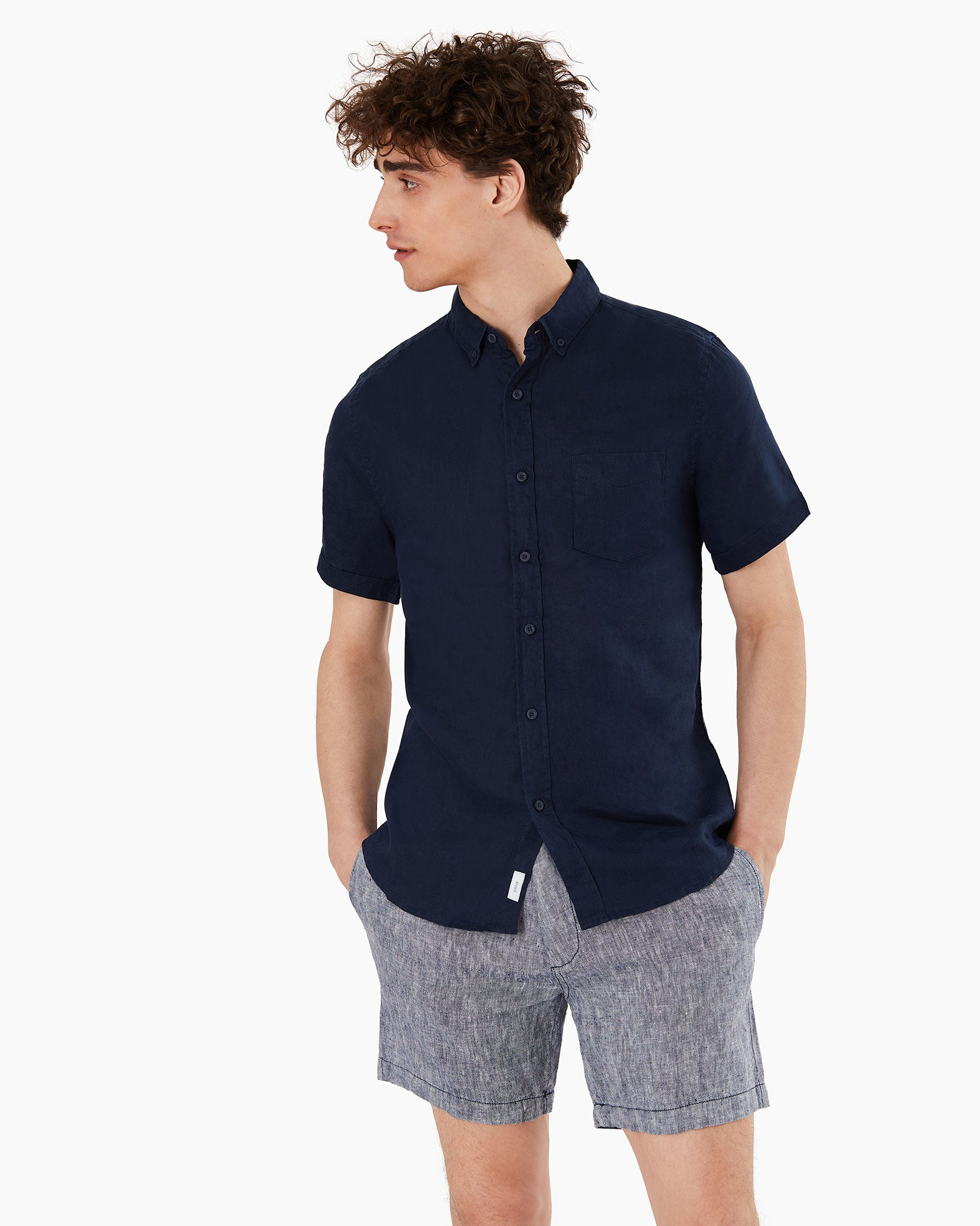 Stretch Linen Short Sleeve Shirt in Deep Navy - 8 - Onia