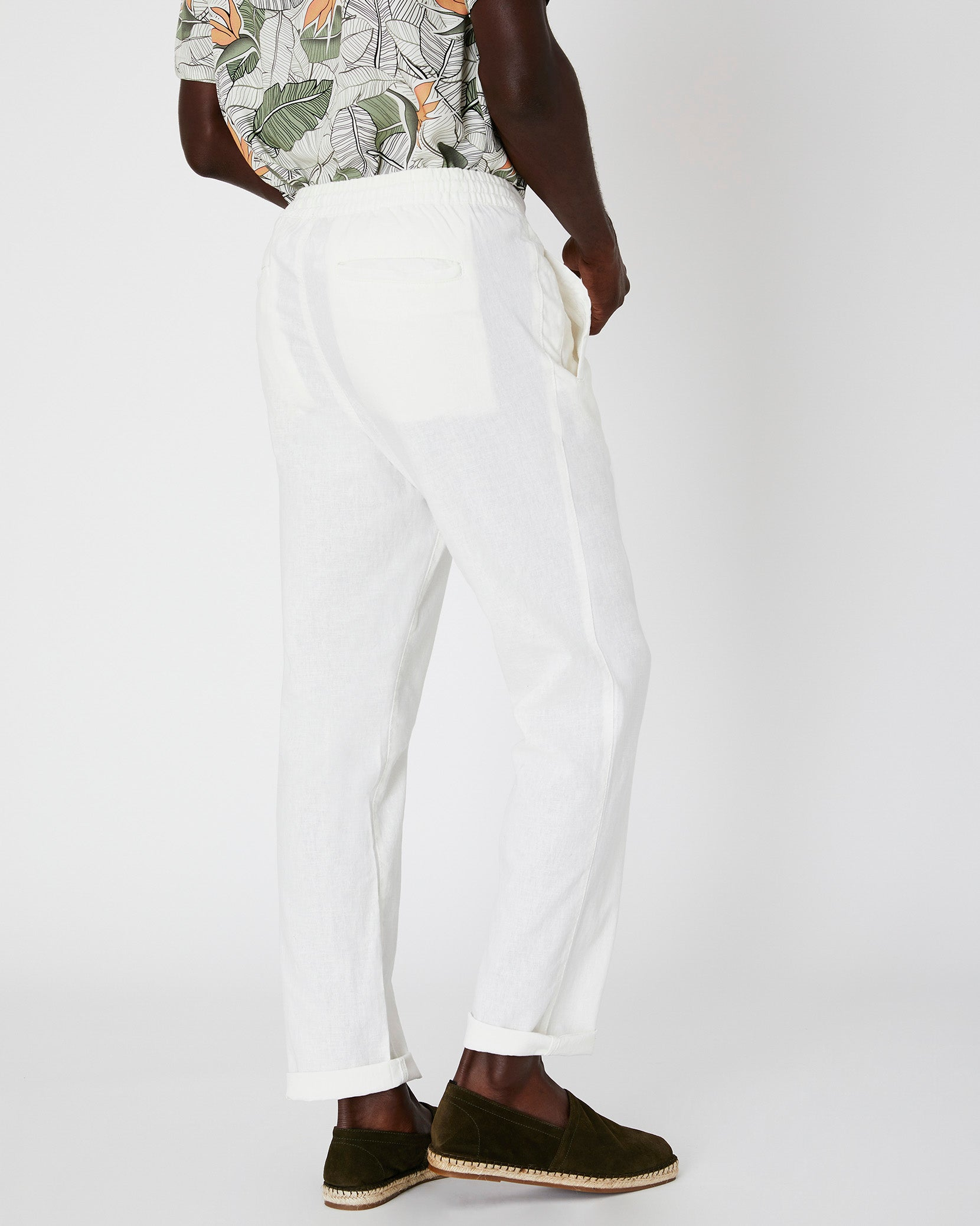 Collin Linen Pant in White - 9 - Onia