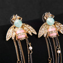 Load image into Gallery viewer, Lucky Bee Stud Earrings