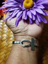 Load image into Gallery viewer, Ankh Bracelet