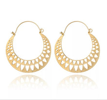 Load image into Gallery viewer, Crescent Hoop Earrings