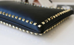 Bad Girl Clutch