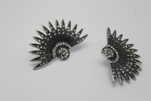 Flapper Stud Earrings