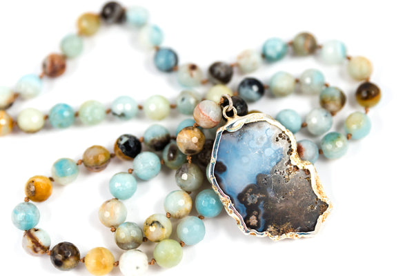 Sense of the Ocean Beaded Agate Necklace