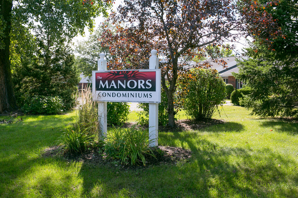 MANORS CONDOMINIUMS