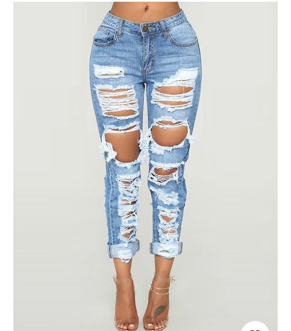 Shredded skinny jeans