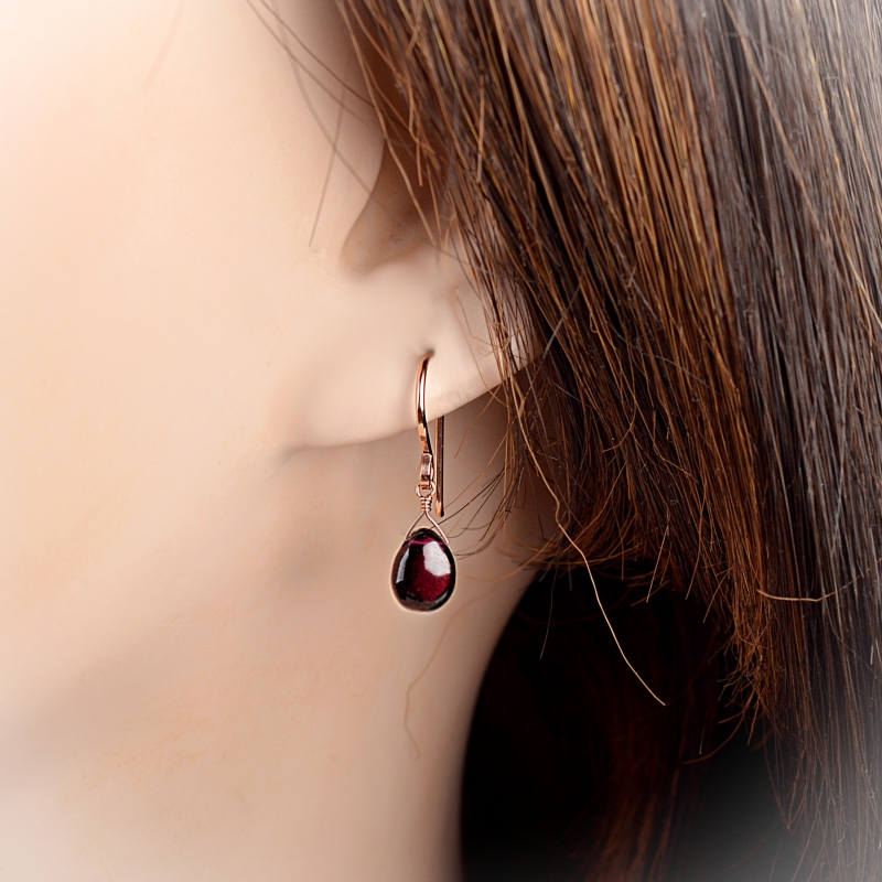 Rhodolite Garnet Earrings Bella - Boutique Baltique