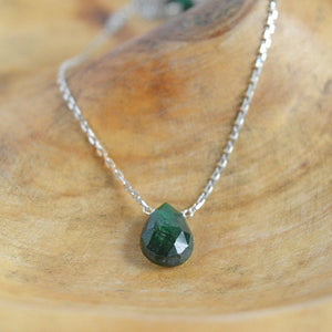 Emerald Necklace Bella - Boutique Baltique
