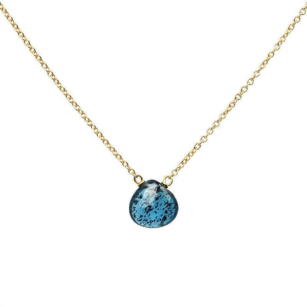 Moss Kyanite Necklace - Boutique Baltique