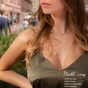 LUNA Long Pearl Necklace
