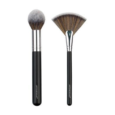 MUST-HAVE HIGHLIGHTING DUO BRUSH SET