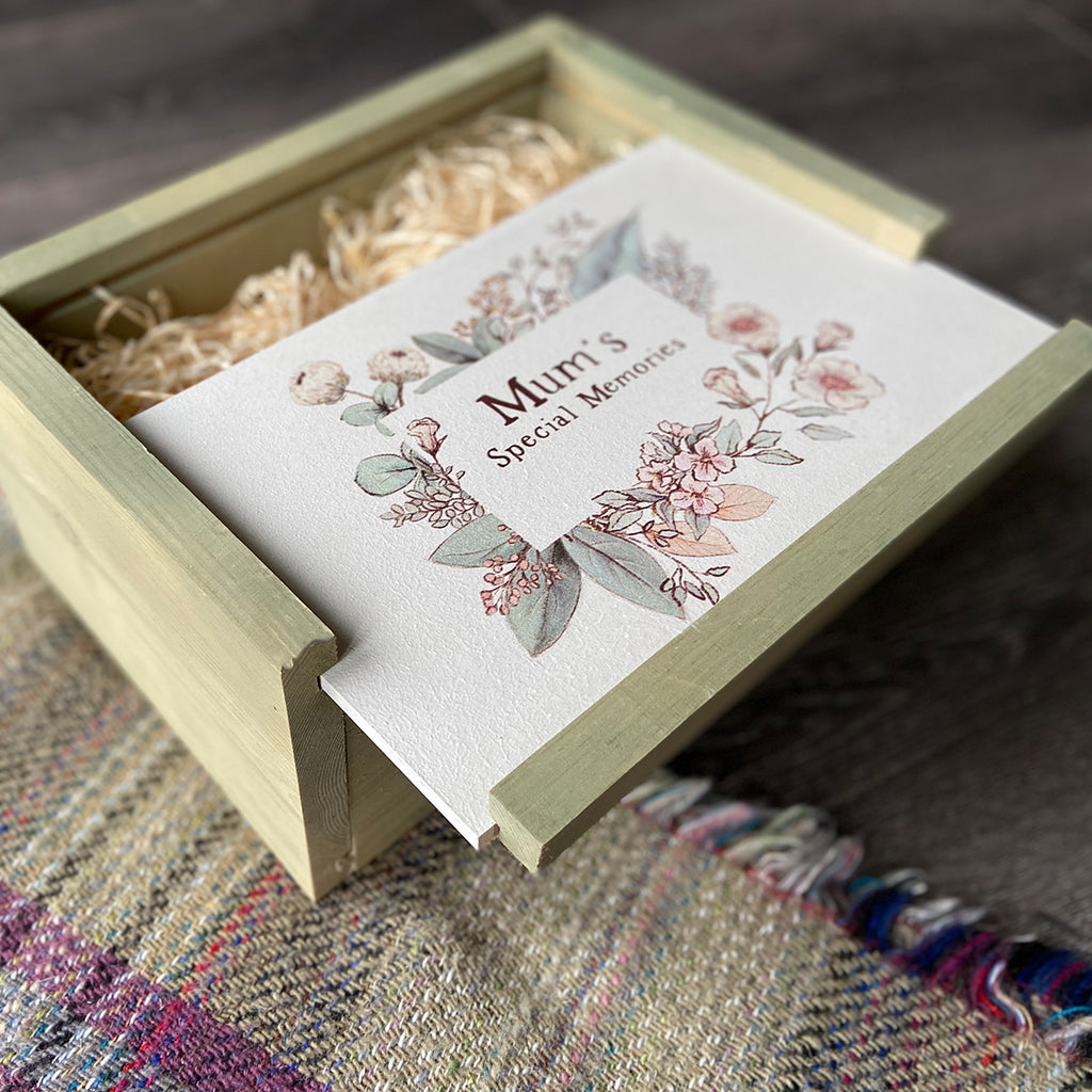 Mums Special Things Medium Keepsake Box