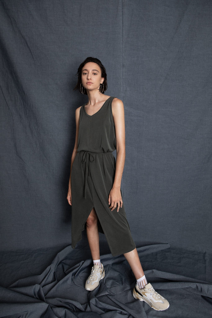 Sweet green dress - heroic-online