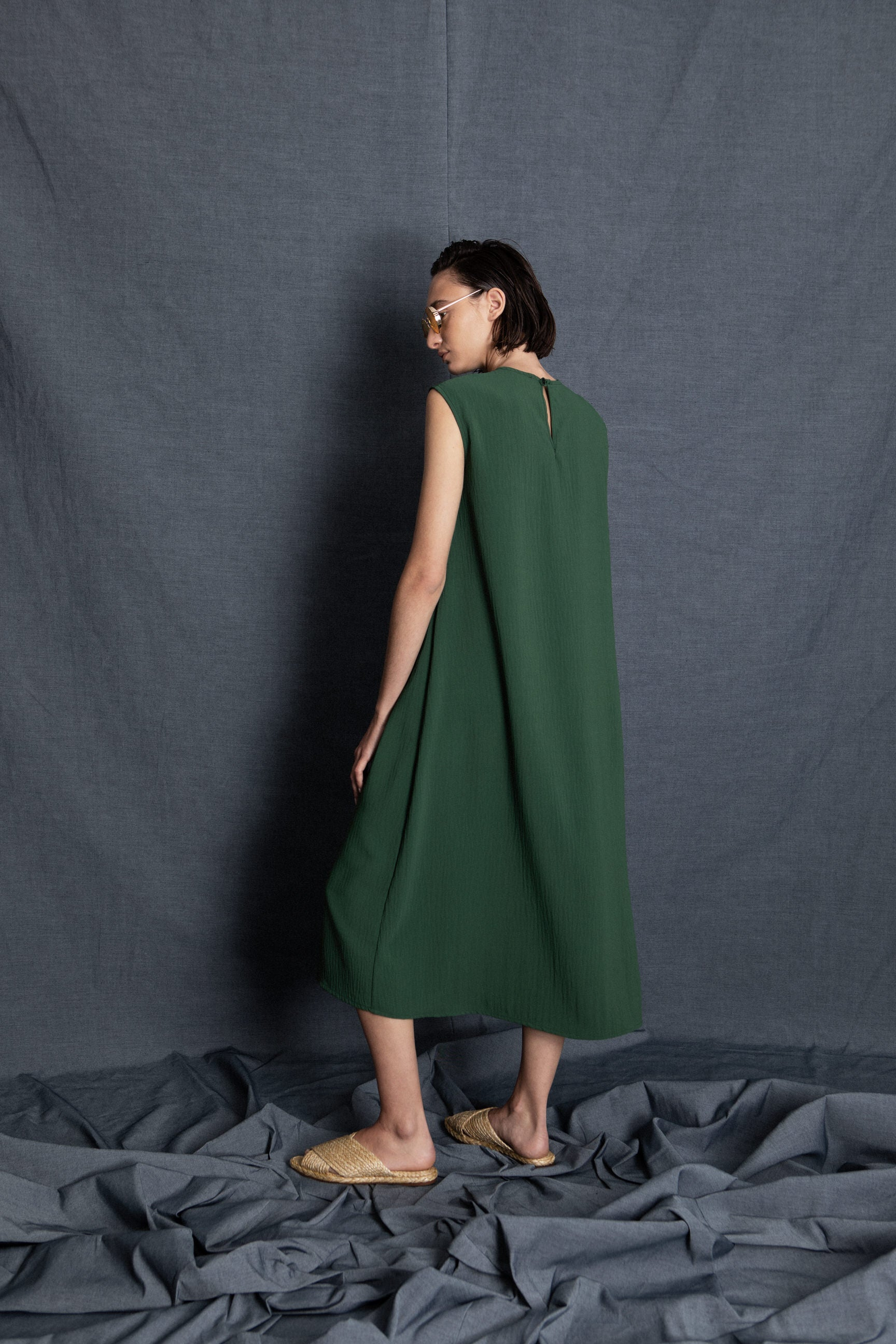 Leo green dress - heroic-online
