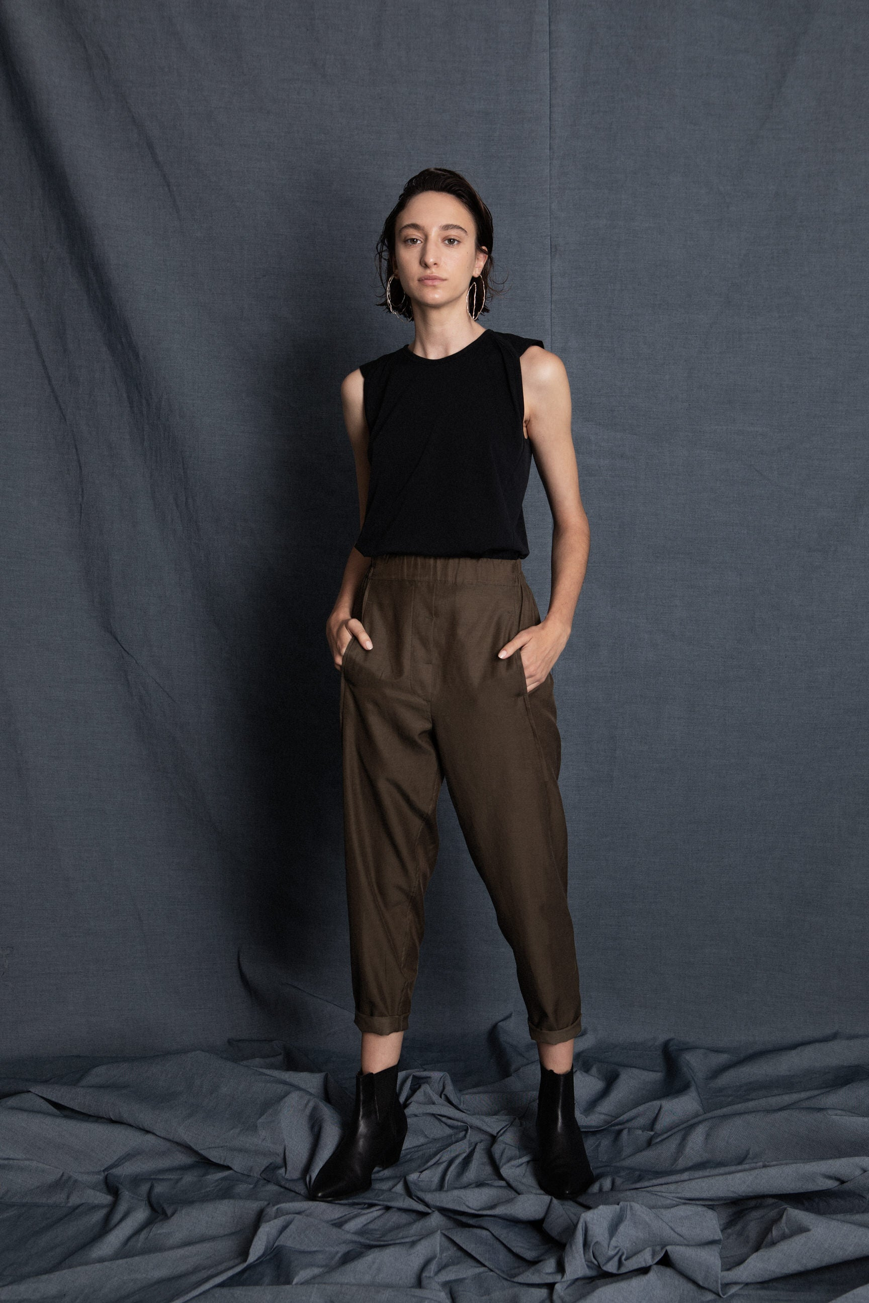 Max olive green pants - heroic-online