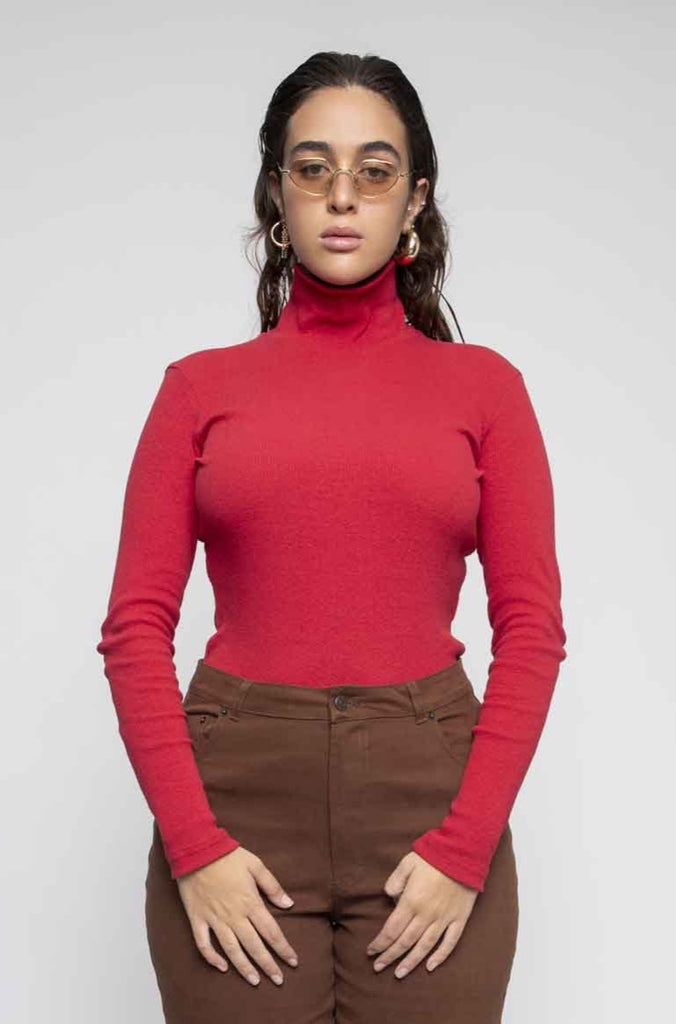 STAR turtleneck red