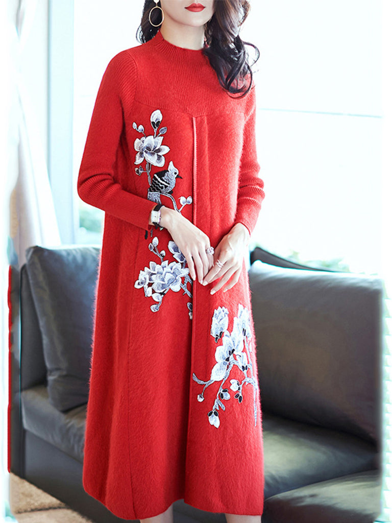 Elegant Floral Embroidered Knitted Dress