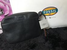 Load image into Gallery viewer, Fossil Handbag - Black - mystic-beauty-international-make-up-store