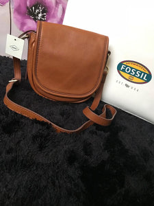 Fossil Crossbody Saddle Handbag - Tan (small) - mystic-beauty-international-make-up-store