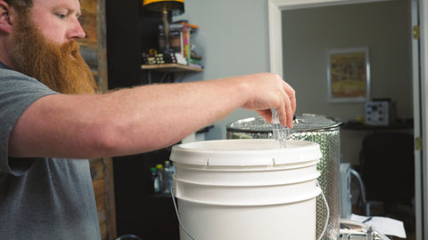 putting airlock onto fermenter