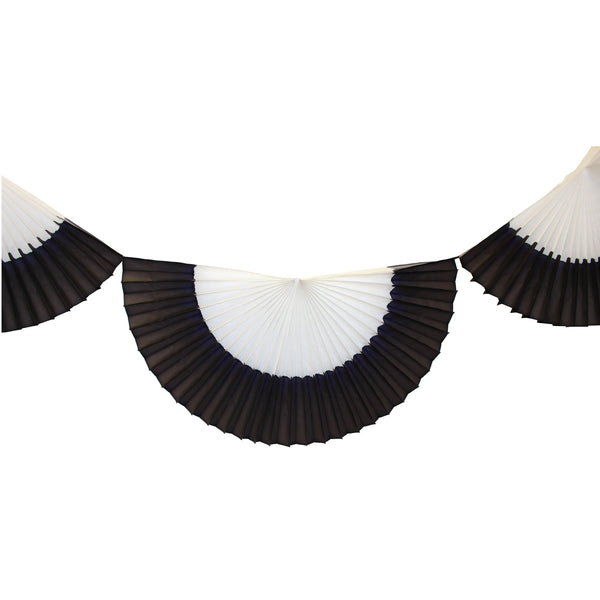 10 Foot Striped Black & White Bunting Garland