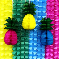 11-Piece Set of Hawaiian Themed Party Garlands & Pineapples