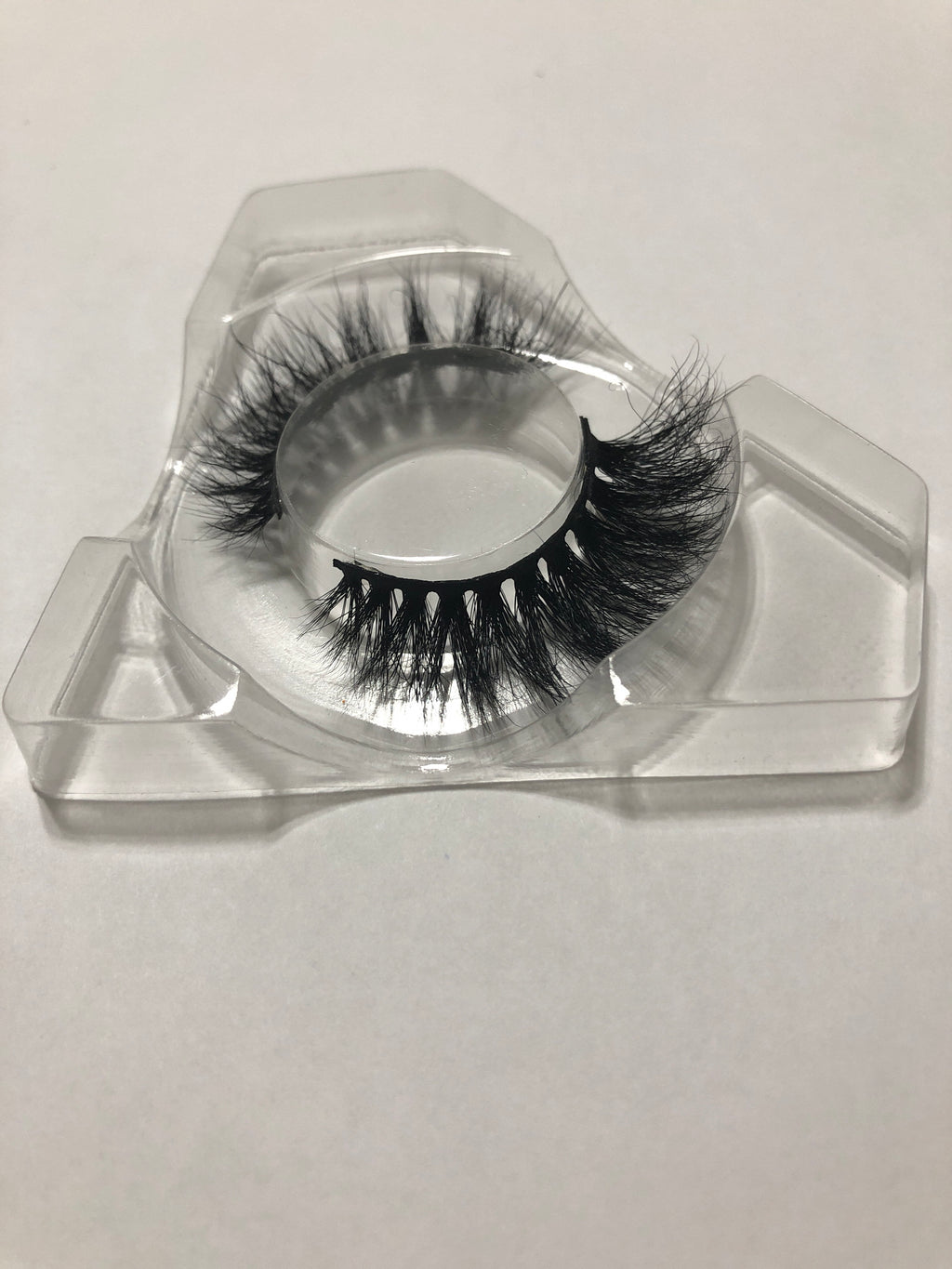 STEPHANIE LASHES