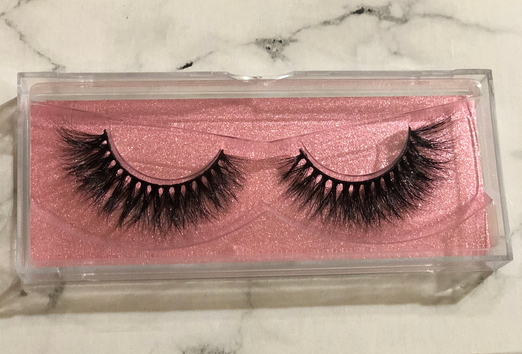 Lacey Lashes