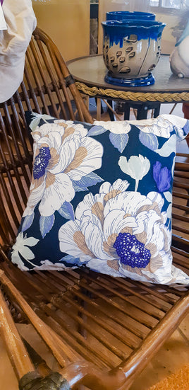 Blue Flower Pillow - Mori Gardens