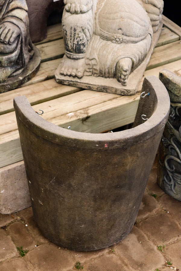 Semicircle planter with liner