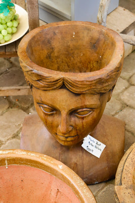 Bust, Mother nature planter