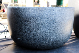 Low planter, round, resin texture