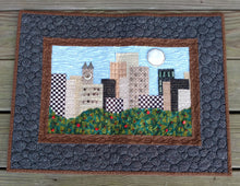 Load image into Gallery viewer, City Scape Art Wallhanging quilt