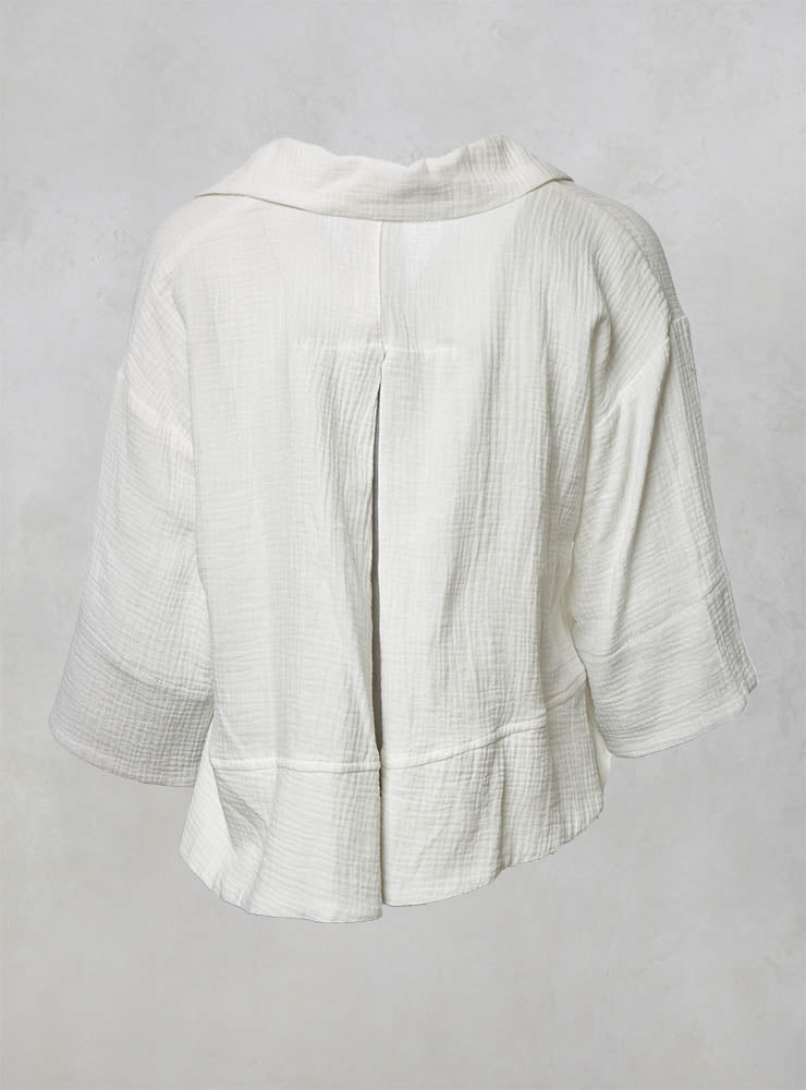 Cropped Jacket with Front Pockets and Waffle Texture in Offwhite