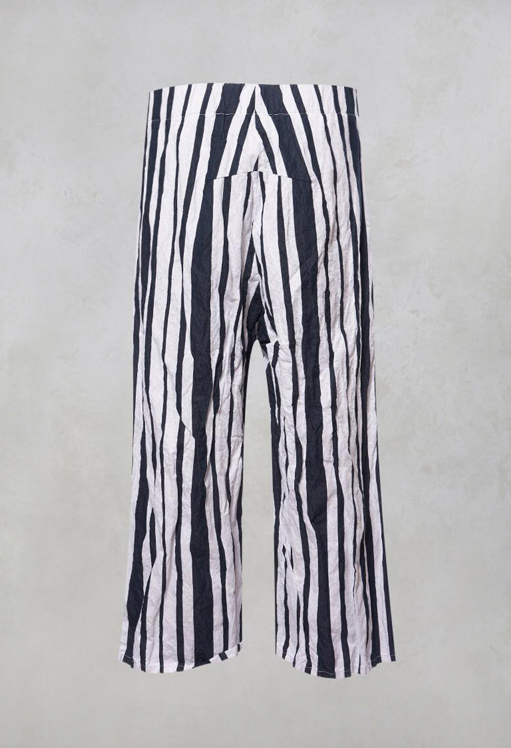 Striped Cropped Style - Casual Trousers in White