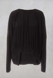 Long Sleeved Pleated Top in Toyger Nero