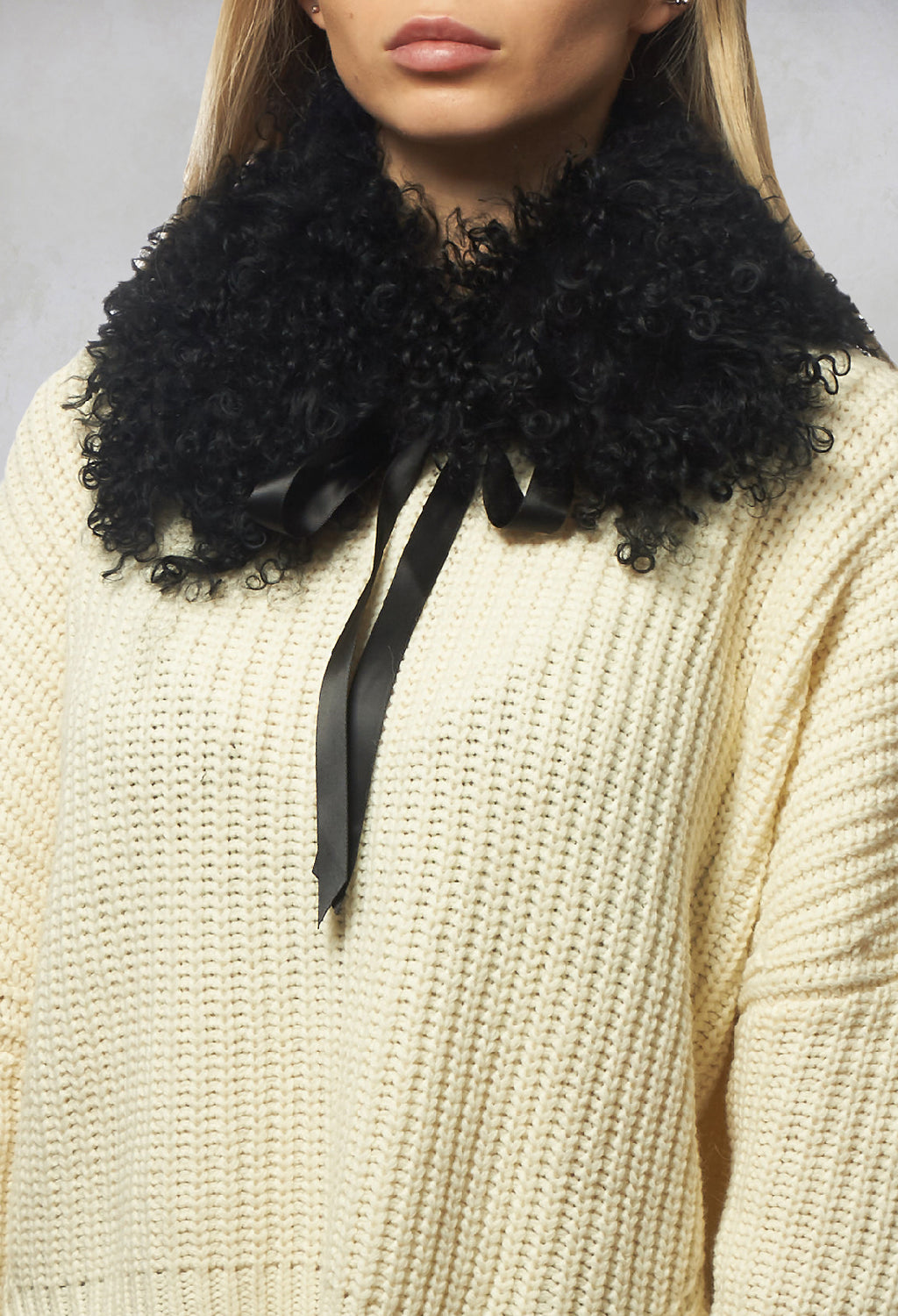Fur Collar in Black