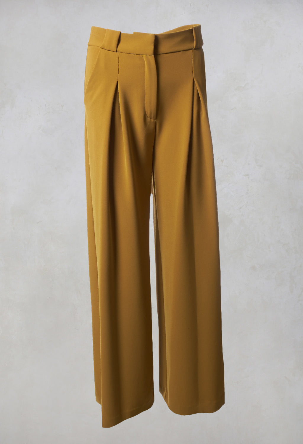Pleated Straight Leg Trousers in Clesi Ochre