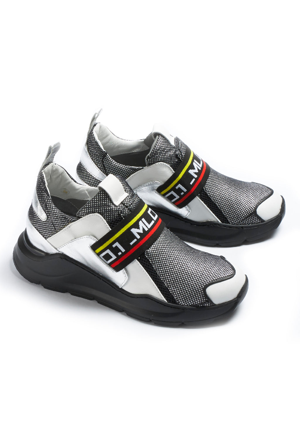 Chunky Trainers in Pamlos White / Ortoclasio Black